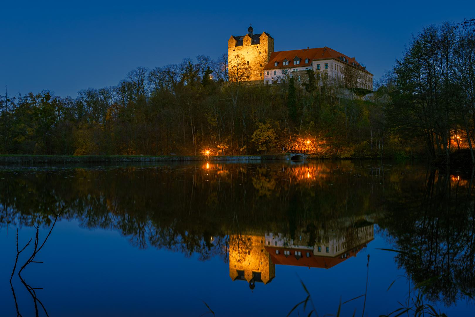 Ballenstedt Schloss Spiegelung abends © Wolfram Schmidt / Meisdorf